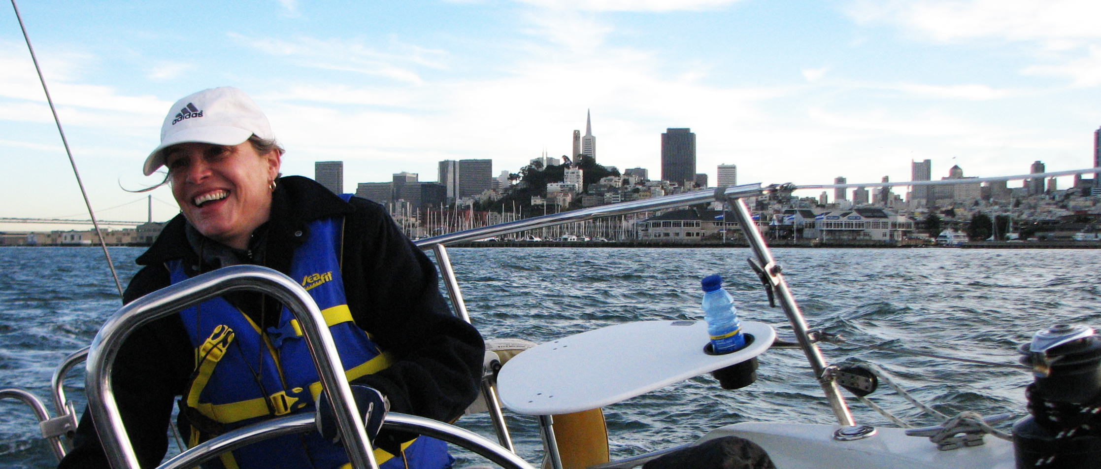 Sailing on the San Francisco Bay in an Introductory Sailing Course with Modern Sailing School & Club