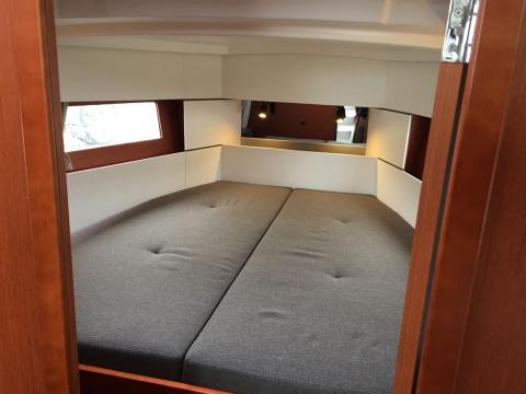 Survivor Forward V Berth - charter sailboat
