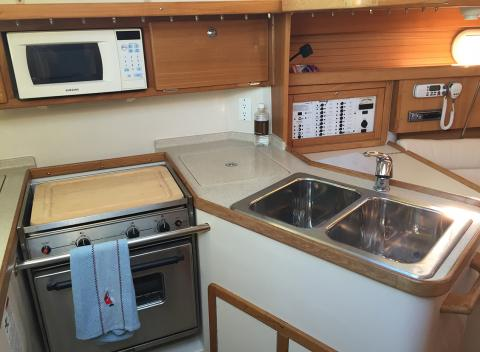 Galley Catalina 320 Sailboat Charter